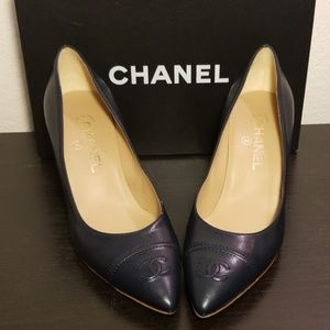CHANEL Escarpins Navy Pumps Heels BRAND NEW 39